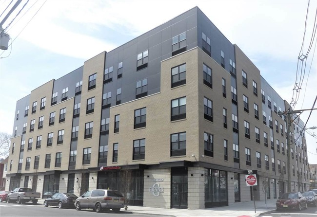 429 BERGEN AVENUE, UNIT 308, JERSEY CITY, NJ 07304.